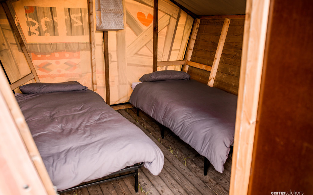 Dreamotel_Beds_CampSolutions.jpg